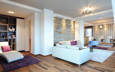 Living room wall decors – wallpapers to kindle your interiors