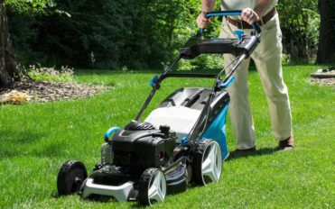 Make the Most of Lawnmower Sales