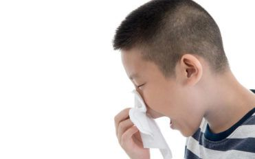 Natural remedies to consider before taking sinus medications