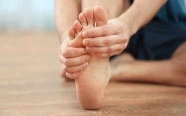 Peripheral neuropathy – Causes, symptoms, and treatment