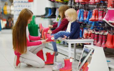 Points to remember when buying boots for kids