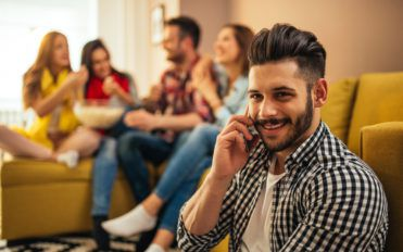 Popular Cell Phone Deals to Fit Your Budget