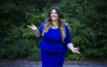 Popular Websites to Shop for Beautiful Plus-Size Dresses