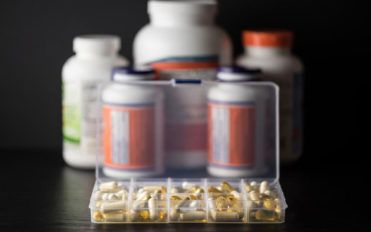 Probiotic supplements for treating IBS