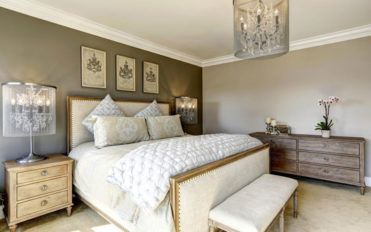 Pros and cons of adjustable beds