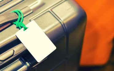 Pro tips to keep in mind while buying a luggage set