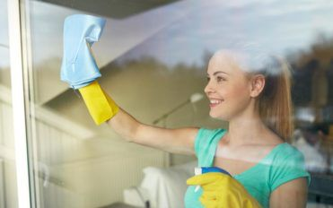 Simple steps to follow when cleaning windows