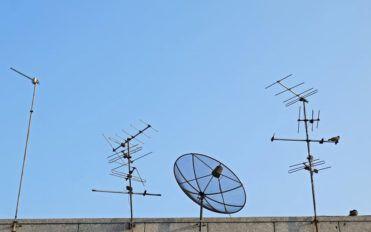 Smart ways to pick the best satellite TV deals