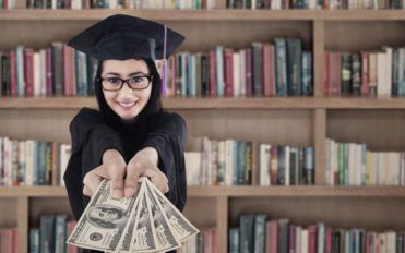 Some popular parent student loans that you can consider