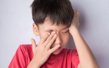 Suffering from dry itchy eyes – Here is what you can do