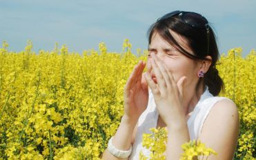 Symptoms and signs of pollen allergies