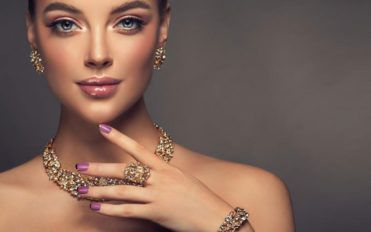 The 4 most popular luxury jewelry brands of the year