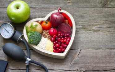 The Difference Between LDL and HDL Cholesterol