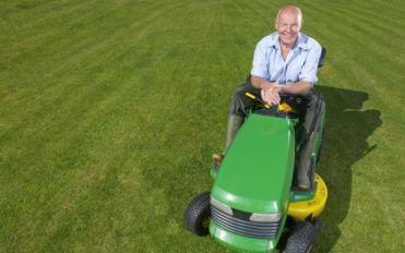 The history of John Deere mowers