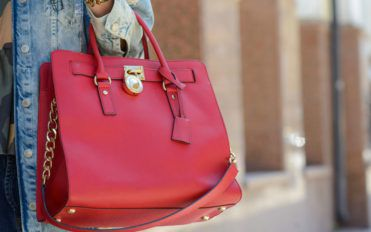 The playful and fresh style of Kate Spade bags