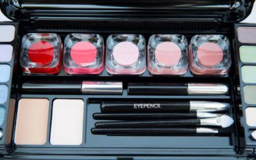 Things to consider before buying makeup products