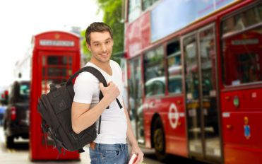 Things to consider before choosing a bus tour