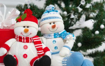 Things to consider when decorating your home with an inflatable snowman