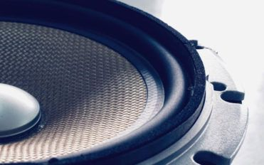 Things to consider while buying a Bluetooth speaker
