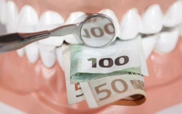 Things to know before buying dentures