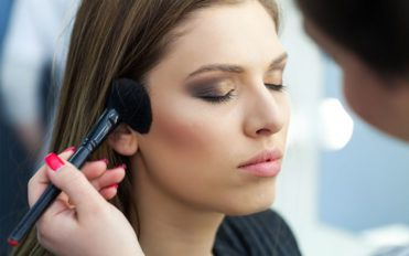 Tips before trying makeup testers in stores