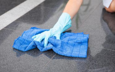 Tips for cleaning floors with the best floor cleaners