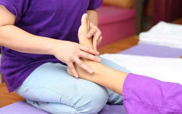 Tips to Get Quick Relief from Burning Feet Pain