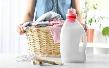 Tips to Remember When Buying and Using Liquid Laundry Detergent