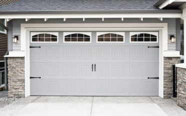 Tips to Select the Right Garage Doors