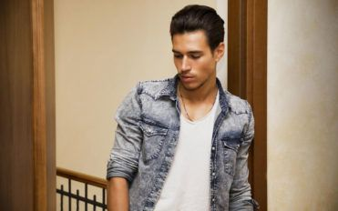 Tips to consider before investing in a men's fall jacket