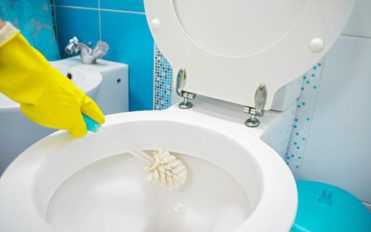 Tips to deep clean the Bathroom
