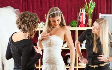 Tips to pick the best clothing for your wedding