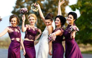 Tips to pick the right bridesmaid dresses