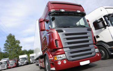 Top 5 truck leasing companies to manage your transport woes