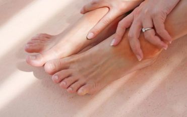 Top causes of swollen feet and ankles