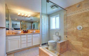 Top seven benefits of walk-in tub showers