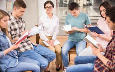 Types of therapy for addicts in drugs and alcohol rehab programs