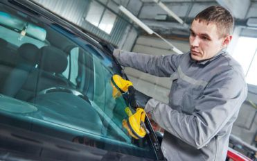 Types of windshields for your vehicle