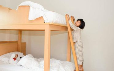 Use bunk beds to save space smartly