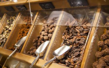 Visit these 4 amazing wholesale chocolate candy shops for the best buy
