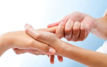 Ways to calm rheumatoid arthritis pain symptoms at night