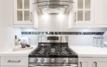 What kinds of kitchen appliances are offered by Pacific Sales