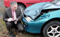 What should a car accident report mainly include