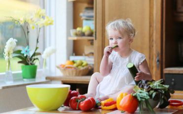 What to feed your baby and when