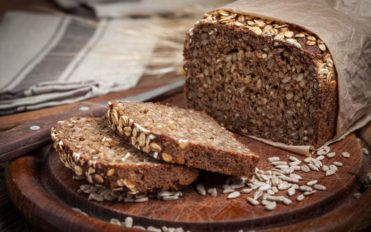 Whole grains as high fiber foods