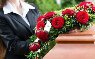Why cremation is better than the traditional burial option