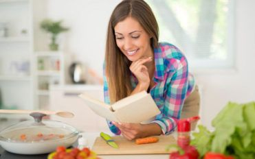 The journey of a recipe, from cookbooks to online search
