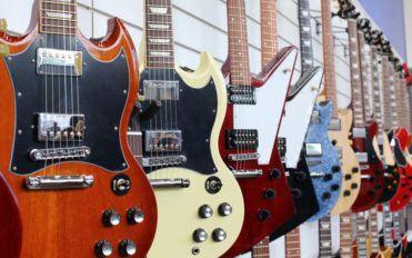 Three basic types of electric guitars