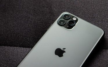 Comparing the brand new iPhone 12 features to the iPhone 11