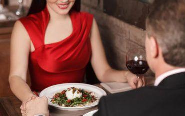 "Dining etiquette to dine ""fine"""
